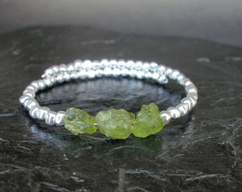 Raw Peridot Bangle Bracelet, 925 Bench Made Hammered Sterling Silver, Raw Peridot Rough Memory Wire Bracelet