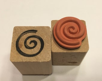 small swirl rubber stamp, 17 mm (BB7)
