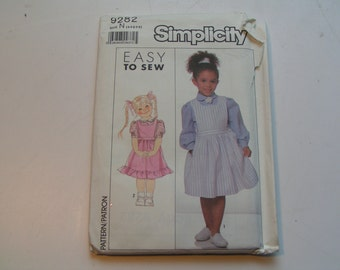 Vintage Simplicity Pattern 9282 easy to sew Child Jumper and Blouse