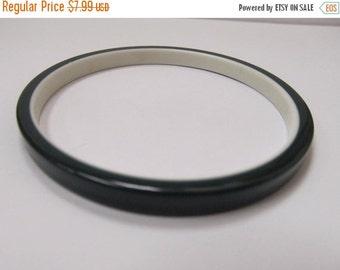 ON SALE Vintage Hunter Green and White Lucite Plastic Bangle Bracelet Item K # 2439