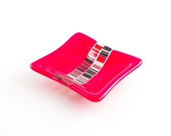 Jewelry Ring Holder Dish, Tea Bag Holder, Trinket Tray, Small Bowl, Paperclip Holder, Red and Black, Fused Glass, Best Friend Gift for Guys