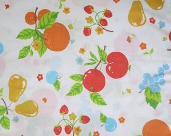 Half Yard of Vintage Sheet Fabric - Fresh Fruit - 1/2 yd