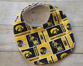 Iowa Hawkeyes Baby Bib in Yellow and Black