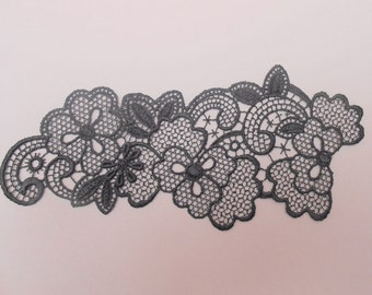 Dark grey fine lace wall lamp of 16.5 x 7 cms