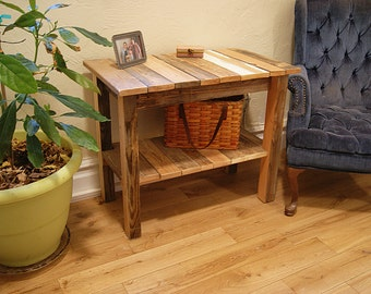 pallet end table, pallet table, pallet furniture, pallet wood end table,