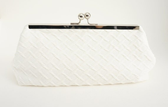 Ivory Clutch Bridal Handbag - Old Hollywood Vintage Style Evening/Wedding/Formal Handbag - Includes Crossbody Chain - Custom Handmade