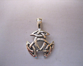 Vintage 925 Sterling Silver Celtic Trinity Knot Pendant
