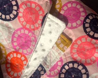 Pink Minky Backed Girls Quilt, Retro Viewfinder Pattern, Lap quilt or Sofa Throw