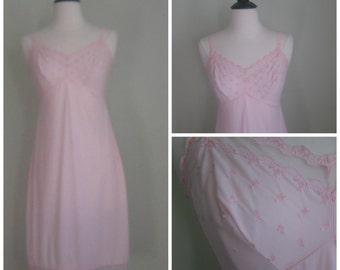 Vintage Pink 1960's Slip// Nightie