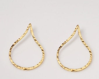ON SALE Gold stud earrings,gold teardrop earrings, Hammered gold earrings, stud earrings gold, post earrings