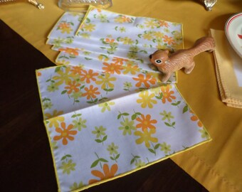 "6-Gorgeous Orange/Tangerine/Yellow/Green Cotton/Linen/Fabric Flower/Daisy Design Cocktail Napkins-8 1/2""x8 1/2"""