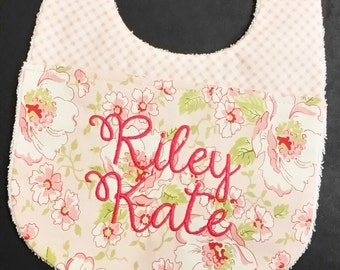 2344 In the Hoop Baby Bib applique design in digital format for embroidery machine by Applique Corner