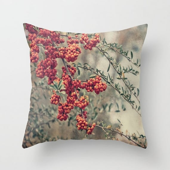 Red Throw Pillows Etsy : Items similar to Large Throw Pillow Red Berries on Etsy