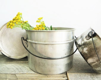 Modern Farmhouse - Vintage Aluminim Pot - Collection of 3