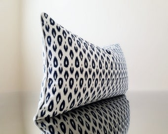 Ikat pillow - Lumbar Pillow cover -14 x 24 Lumbar Pillow Cover, Navy Lumbar pillow with small Ikat print - Pick your size and trim