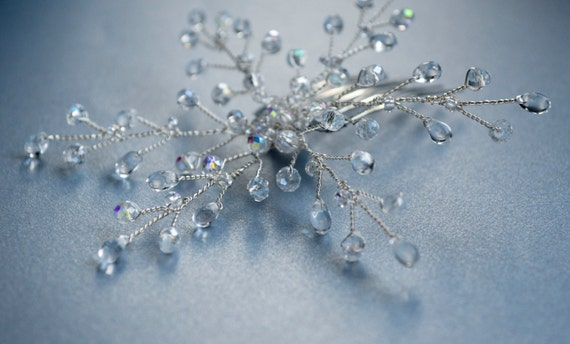 Crystal Snowflake Hair Comb - Winter Hair Accessories -Vintage Retro Style - Frozen - Crystal Hair Pin
