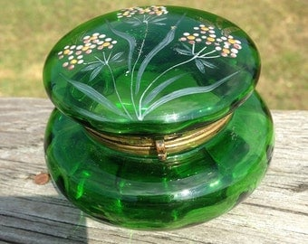 Antique Bohemian Covered Art GLASS Trinket BOX w/ Mount ~ Emerald Green ~ Powder Box ~ Enameled Flowers ~ Moser