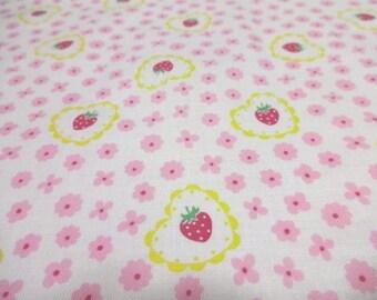Japanese Fabric Little Flower Strawberry  Fat Quarter