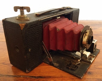 Antique Brownie 2A Pocket Folding Camera