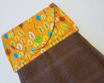 Fall Leaves Hanging Kitchen Towel, Autumn Dish Towel, Kitchen Linens, Leaf Towel, Home Decor, Button Top Towel, Thanksgiving Hostess Gift