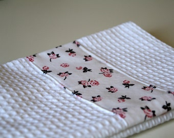 Kitchen towel white and pink for your kitchen with vintage fabric
