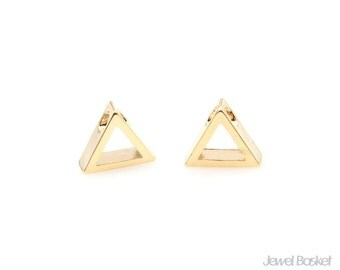 Triangle Outline Charm in Gold / 8.0mm x 7.0mm / BG296-P (2pcs)