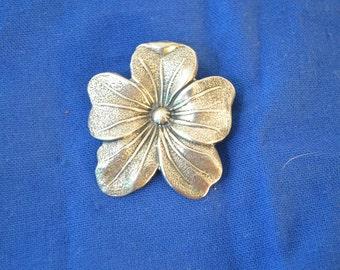 Beautiful Vintage Sterling Silver Pin by Jewelart