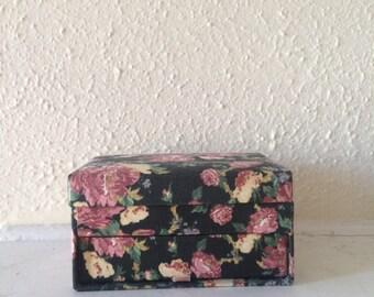 Floral print jewelry box