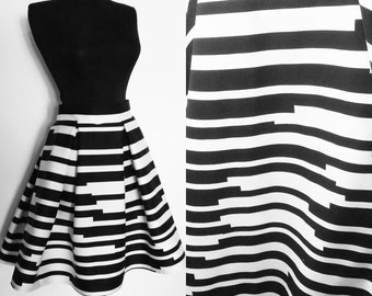 Mid Stripes Black And White Skirt with Pockets