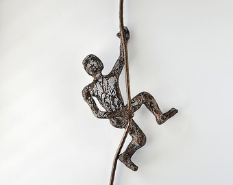3d wall art, Wall hanging, Climbing man on rope - Metal sculpture - Contemporary wall art, rock climber