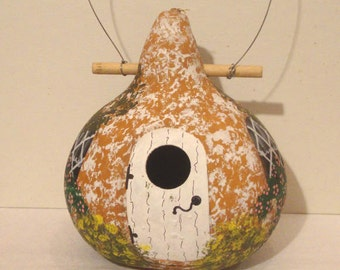 """Tan and White """"Stucco"""" Kettle Gourd Birdhouse, Large, Handpainted   (GBHC550)"""