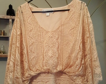 Gorgeous Vintage Peach Lace Shirt