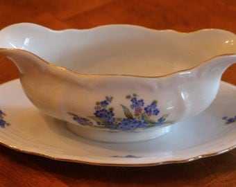 Bareuther & Co. Bavarian China Pattern BTH34 Set of Four Baroque Style Blue Floral Gravy Boat With Attached Under Plate