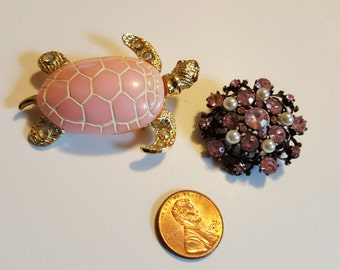 Sale 2 Great Vintage Brooches