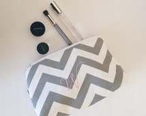 Monogrammed Cosmetic Bag/Makeup Bag/Bridesmaid Gift/Wedding Party Gift/Gift for Her