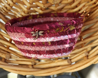 Maroon and pink round coiled mini basket