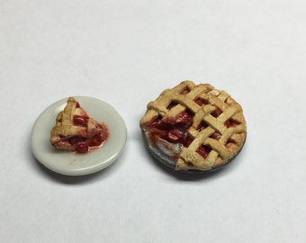 Dollhouse Miniature Cherry Pie 1:12 scale
