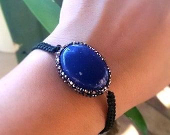 Lapis lazuli bracelet, Macrame stone bracelet, gift woman, healing stone, natural stone bracelet, adjustable bracelet, lapis lazuli, yoga