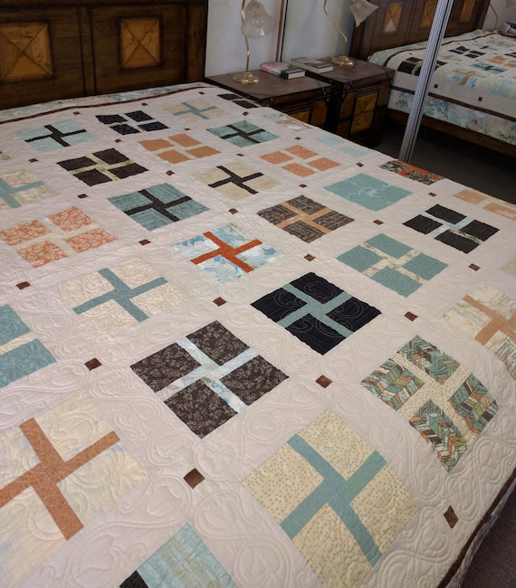 Handmade Queen size quilt wedding gift, patchwork, bed quilt custom ...