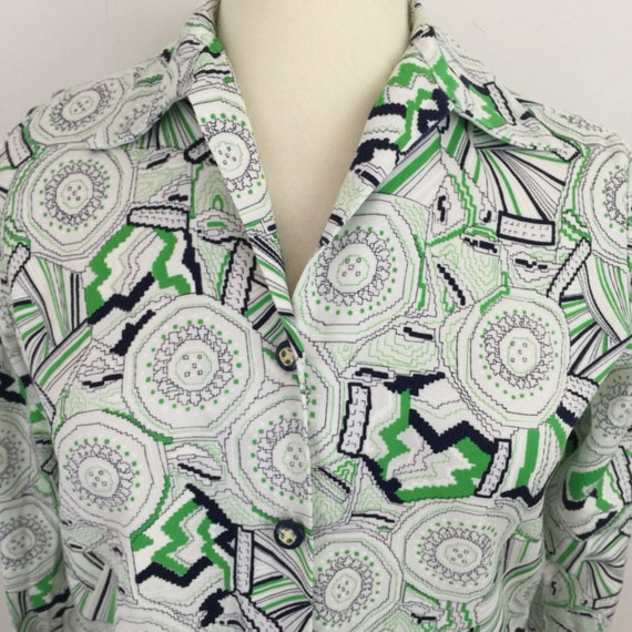 1970s blouse dagger collar lime green navy top fitted shirt UK 12 14 cotton 70s white geometric print Scooter girl Mod