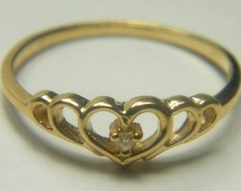 14kt yellow gold heart ring with diamond