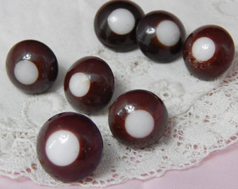 Brown Bulls Eye China Buttons - 7