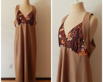 Vintage 60s Brown Mod Hippie Polyester Maxi Dress Small