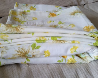 Vintage Yellow Floral Pequot Full Flat Sheet With Two Standard Pillow Cases
