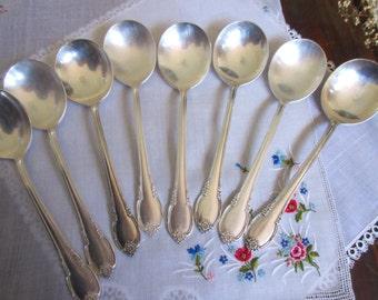 Vintage International Silverplate 1847 Rogers Teaspoons Remembrance Pattern Circa 1948 - set of 8.