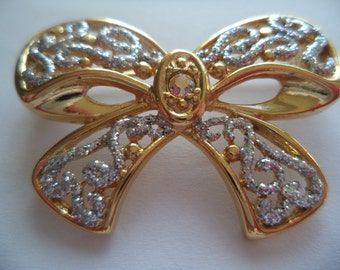 Fabulous Signed Danecraft Goldtone/Blue Sparkling Bow Brooch/Pin