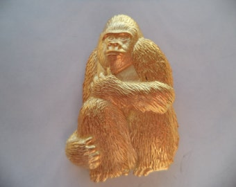 Vintage Signed JJ  Gold pewter Mountain Gorilla Brooch/Pin
