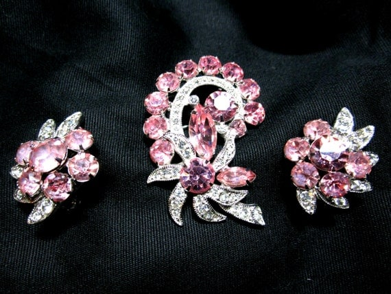 Vintage Eisenberg Ice Brooch and Earrings Set, Pink Clear Rhinestones, Clip On Earrings, Bright Sparkling, Signed Eisenberg Ice