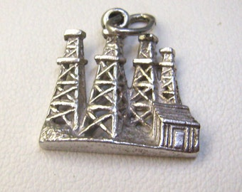 "Vintage Sterling Silver  ""OIL RIGS"" Charm...Three Joined Oil Rigs  Charm....Souvenir...Bracelet...Tourist Charm"
