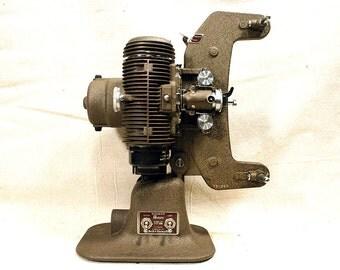 Vintage Bell & Howell Regent Design 122 Movie Projector